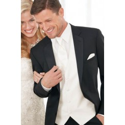 'Modern Essential' 2-Button Notch Tuxedo Jacket by Jean Yves
